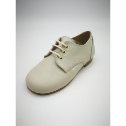 classic shoe with laces