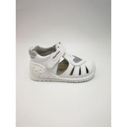 Cynthia washable sandal titanites